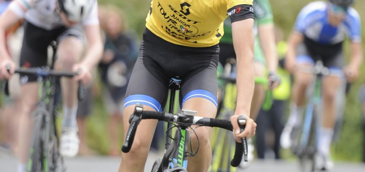 16 July 2016; Charlie Meredith of Giant Halo Team celebrates as he crosses the finish line to win Stage 5 of the 2016 Scott Bicycles Junior Tour of Ireland, Gallows Hill, Co. Clare. Picture credit: Stephen McMahon/SPORTSFILE
